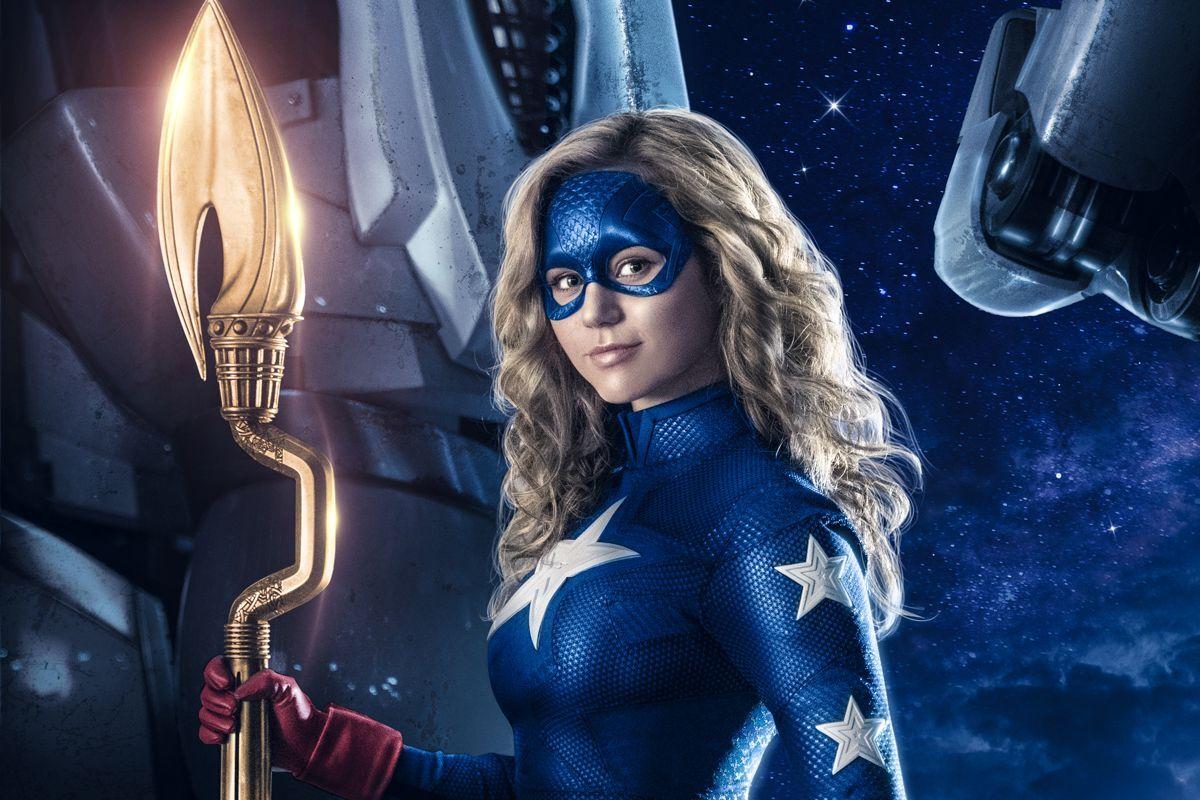 Фото: Во втором сезоне «Старгерл» заглавной героине будет противостоять суперзлодей Эклипсо
