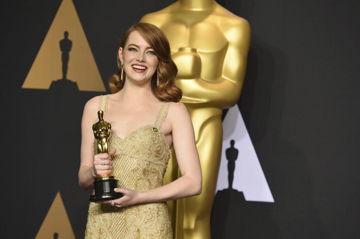 Эмма Стоун вспомнила, каково было получить статуэтку «Оскар» из рук Леонардо ДиКаприо