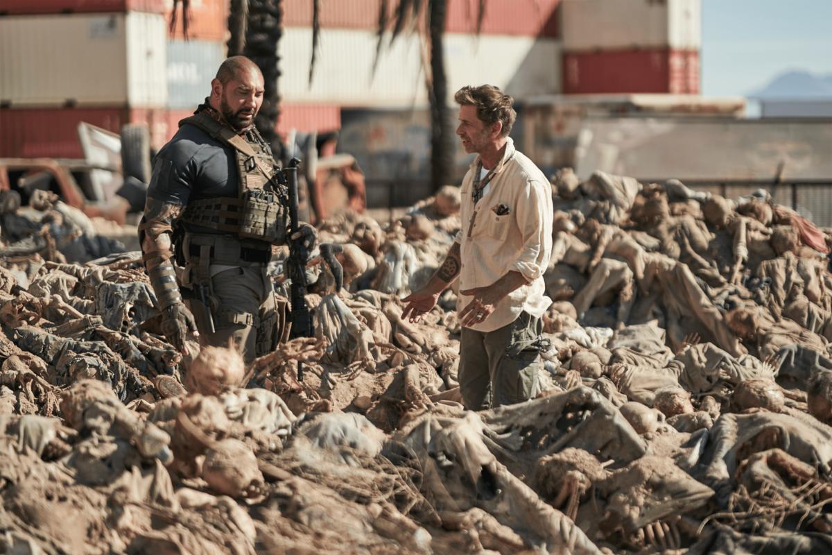 Зак Снайдер подтвердил, что зомби из «Армии мертвецов» могут заниматься любовью