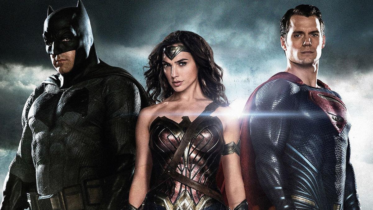 По словам Зака Снайдера, фильм «Бэтмен против Супермена» совершенно не понравился Warner Bros