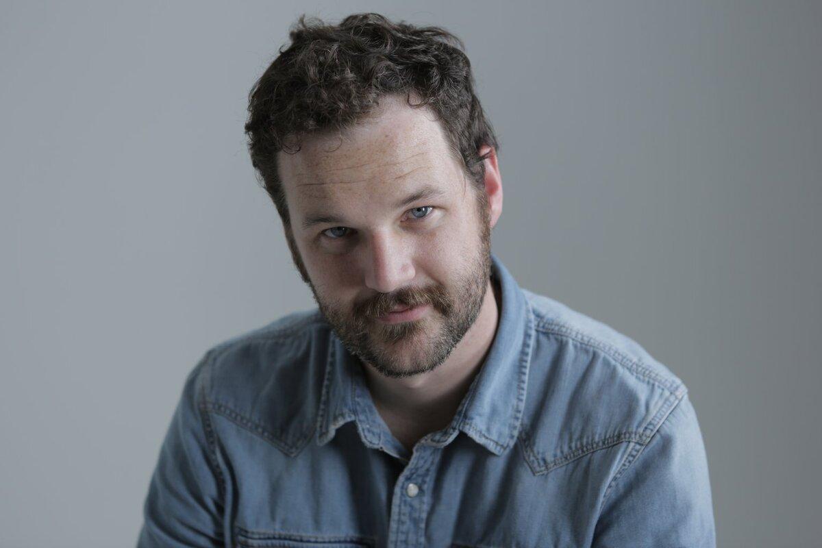 Кайл Марвин присоединился к Энн Хэтэуэй и Джареду Лето в сериале о крахе стартапа WeWork