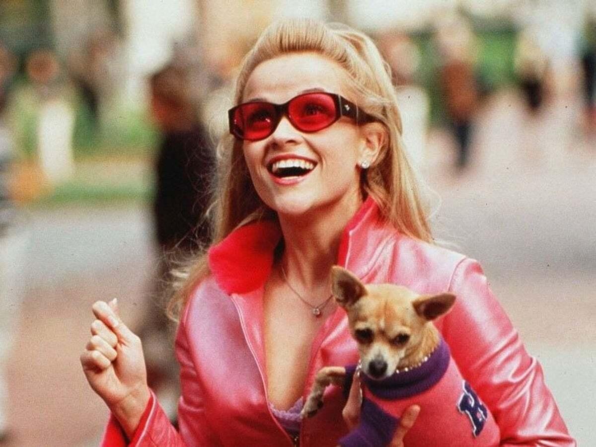 Риз Уизерспун отпраздновала 20-летие «Блондинки в законе» архивными фото со съемок