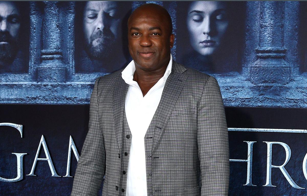 Актер из «Игры престолов» Деобиа Опарей получил роль в шпионском блокбастере «Серый человек»
