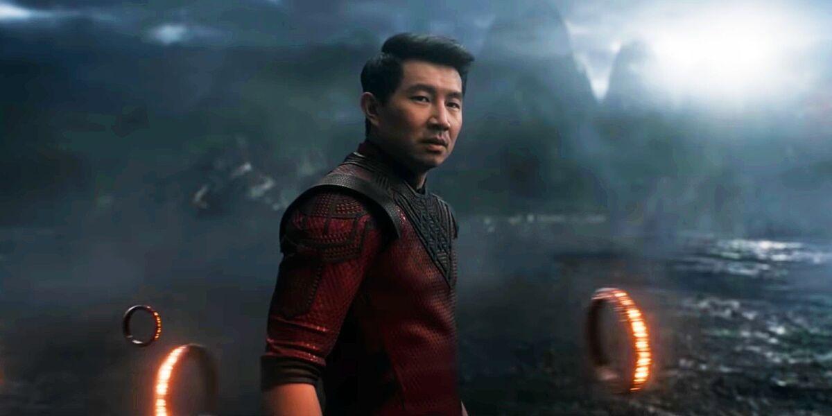 «Шан-Чи и легенда десяти колец» отвоевал у «Черной Вдовы» звание самого кассового фильма 2021 года в США