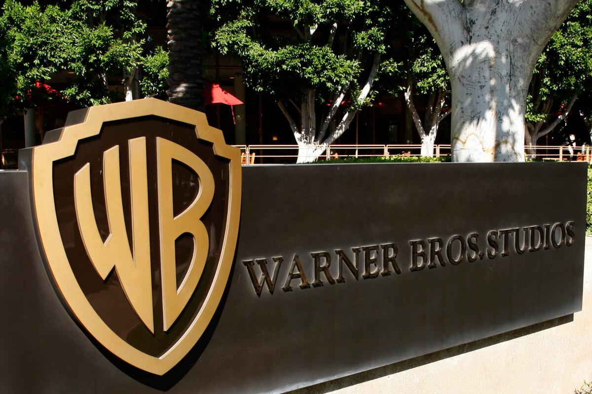 Студия Warner предупредила о возможной отсрочке премьер «Дюны» и «Чудо-женщины 1984»