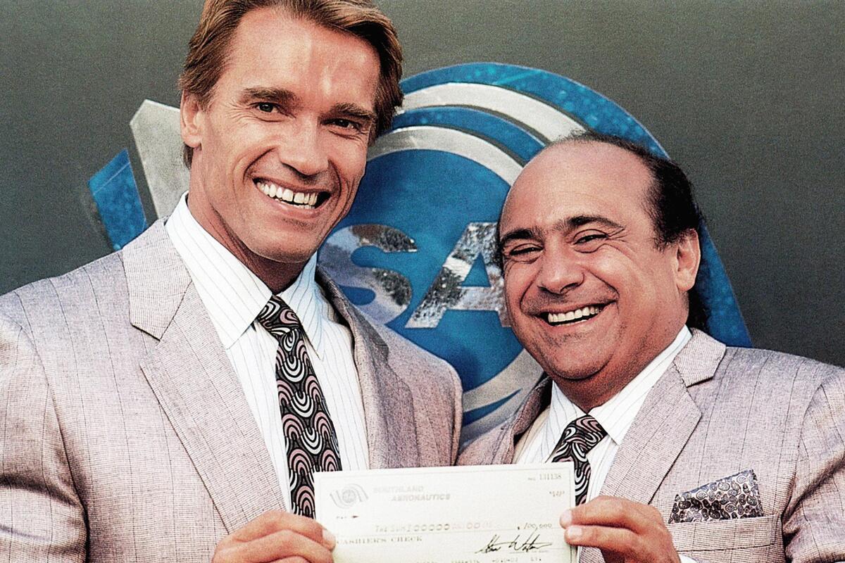 Дэнни ДеВито сообщил, что сценарий «Близнецов 2» по-прежнему в разработке