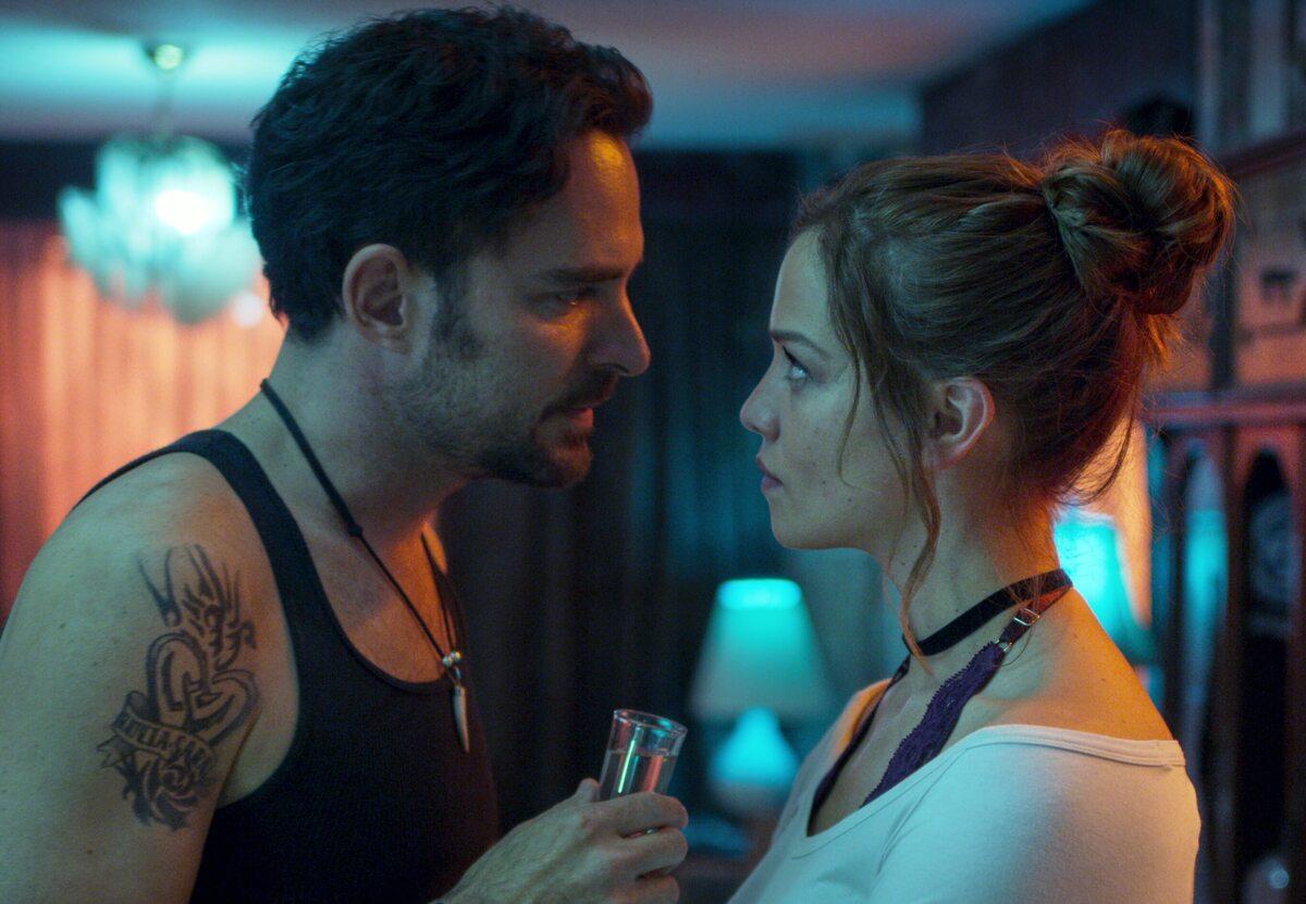 Netflix представил трейлер второго сезона «Кто убил Сару?»