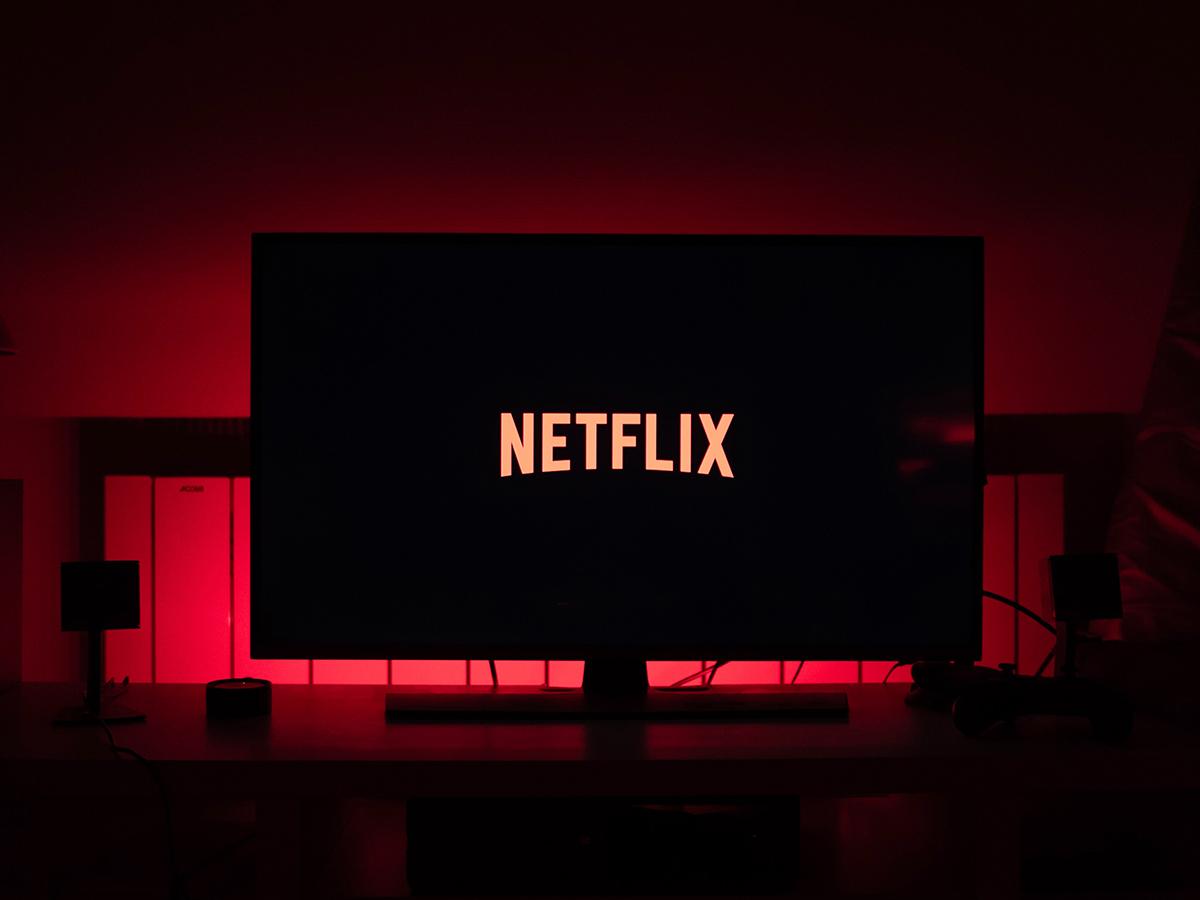 В связи с ростом числа подписчиков в 2020 году акции Netflix стремительно подорожали