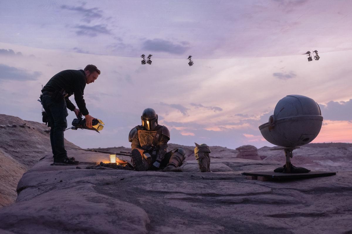 Режиссер «Человека-муравья 3» поделился фото со съемок, показав, как работает технология StageCraft