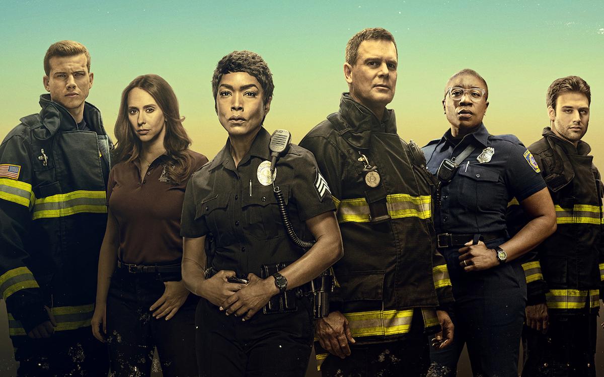 Сериал «911 служба спасения» и его спин-офф «911: Одинокая звезда» продлены на новые сезоны