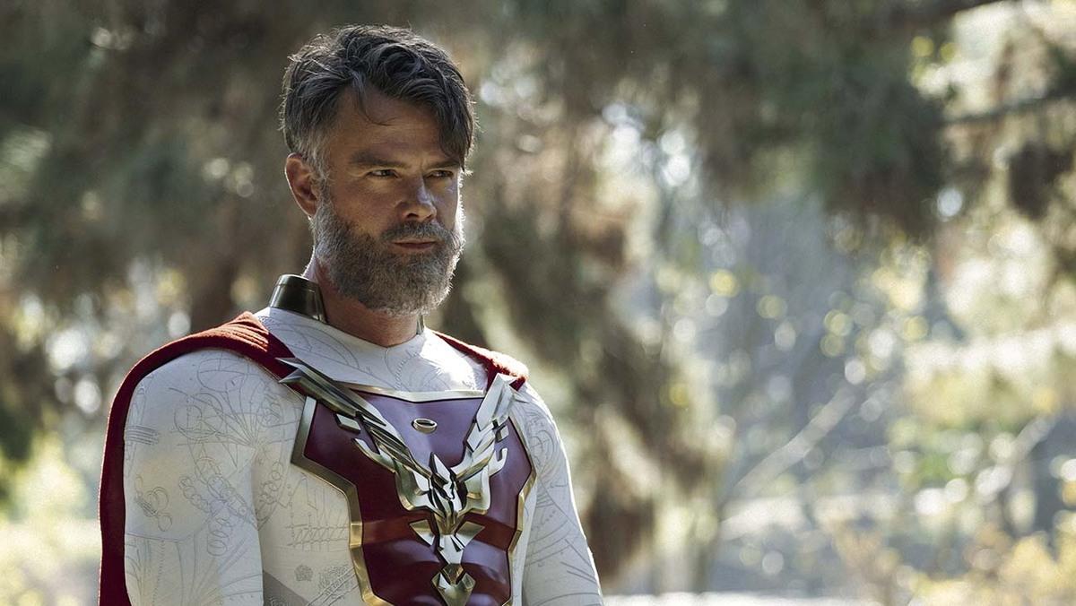 Джош Дюамель отреагировал на преждевременное закрытие сериала «Наследие Юпитера»