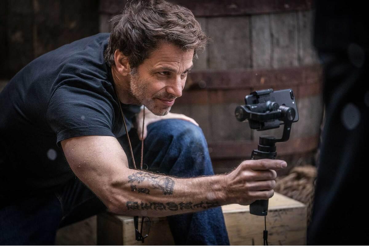 Зак Снайдер хотел бы снять полнометражные «Звездные войны», но режиссера отпугивает студийный контроль