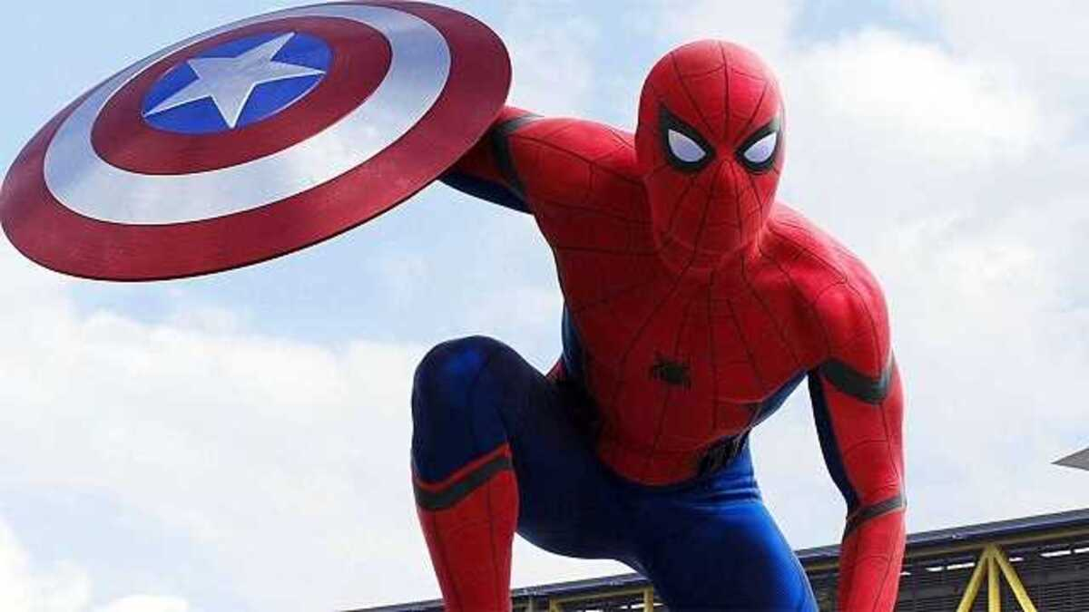 Новый концепт-арт представил Криса Эванса в роли Человека-паука