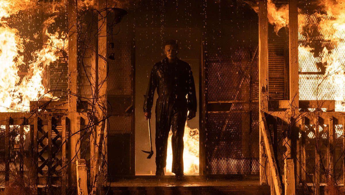 Лори Строуд узнает, что Майкл Майерс жив, в новом отрывке из фильма «Хэллоуин убивает»