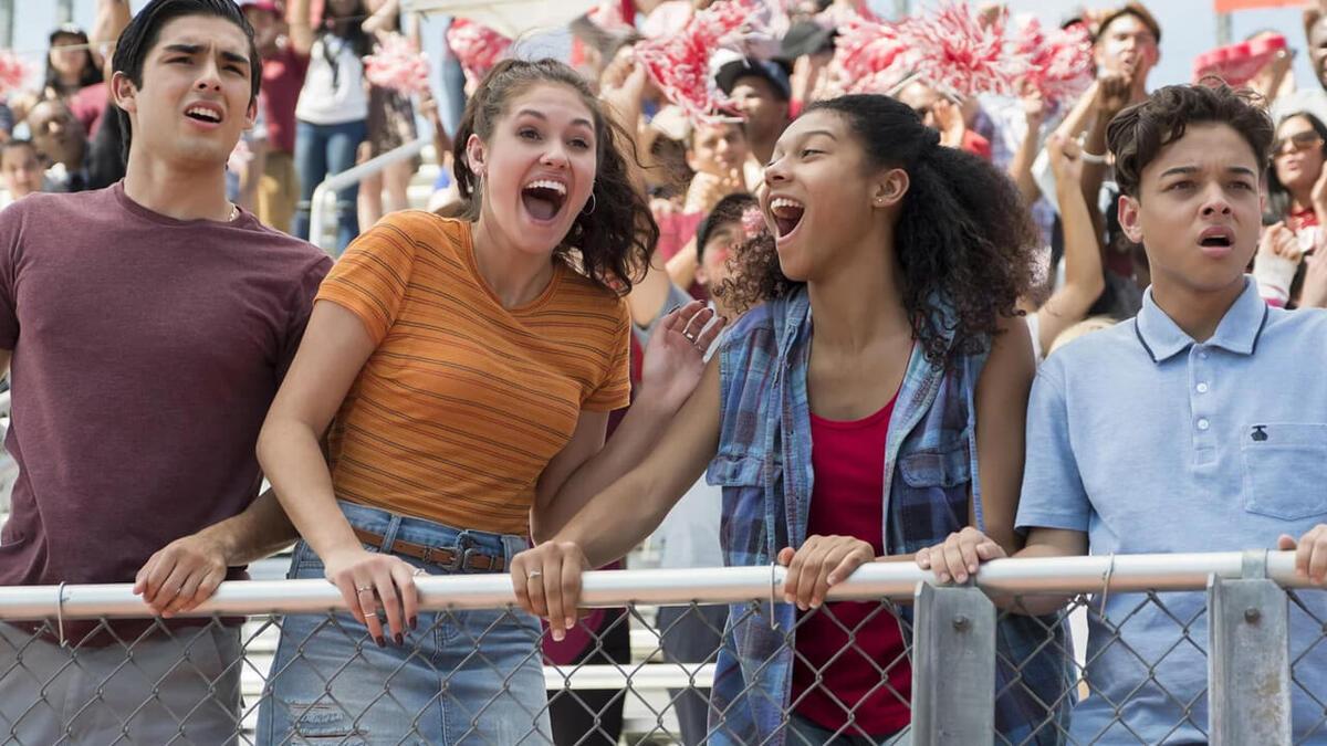 Комедийный сериал Netflix «На районе» продлен на четвертый и заключительный сезон