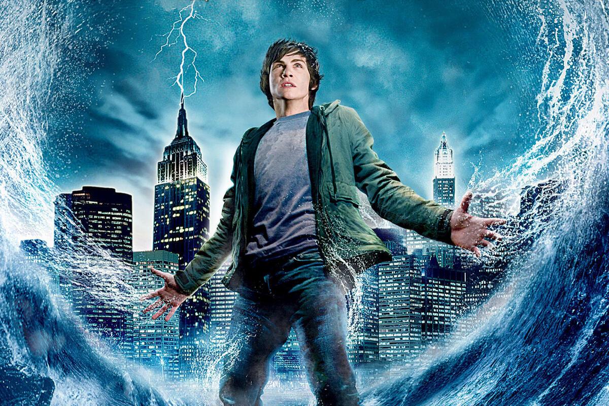 Авторы сериала «Перси Джексон» сообщили, что сценарий пилотной серии отправился на редактуру