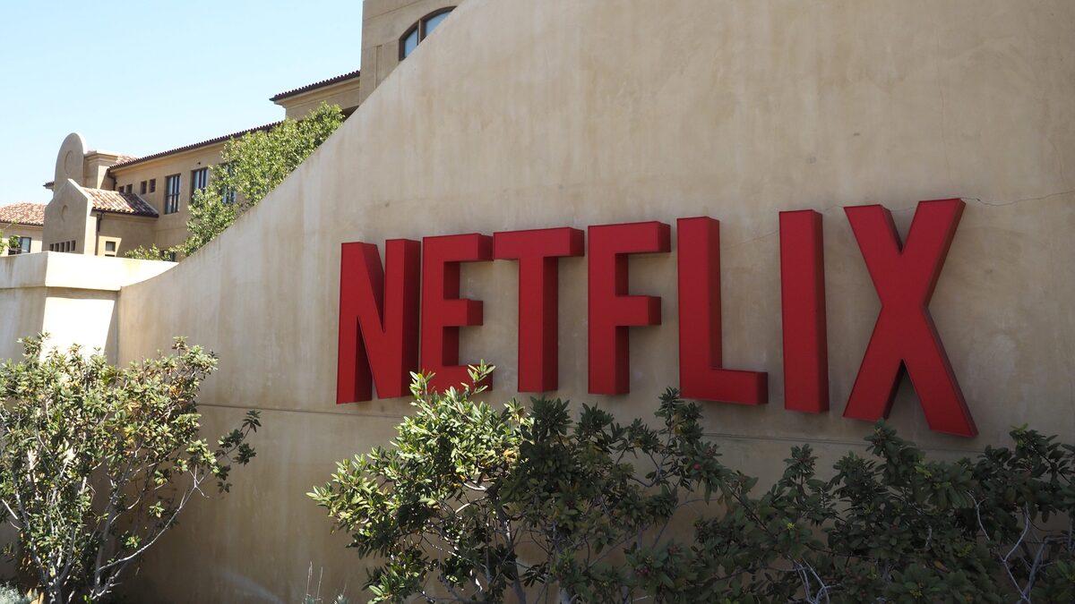 На фоне ослабления пандемии прирост подписчиков Netflix начал сокращаться