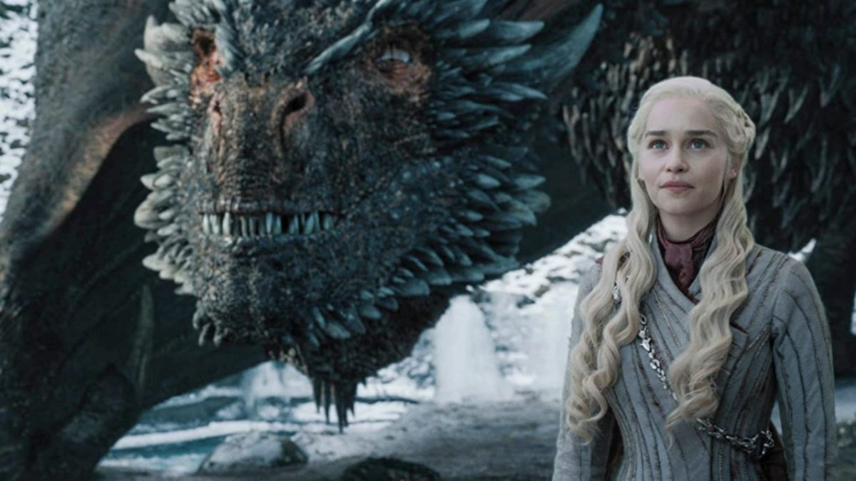 В сети появились первые фото со съемок сериала «Дом дракона»