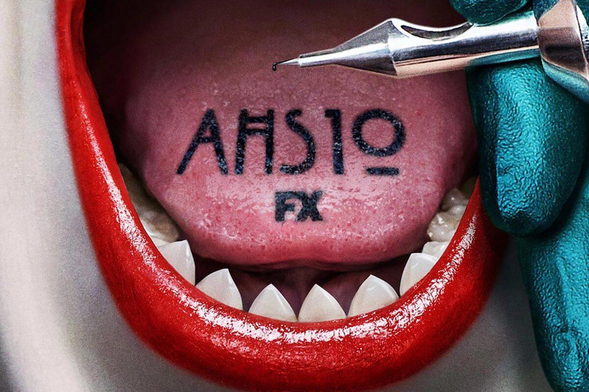 Жуткий поцелуй пришельца и вампира: Канал FX показал постер десятого сезона «Американской истории ужасов»