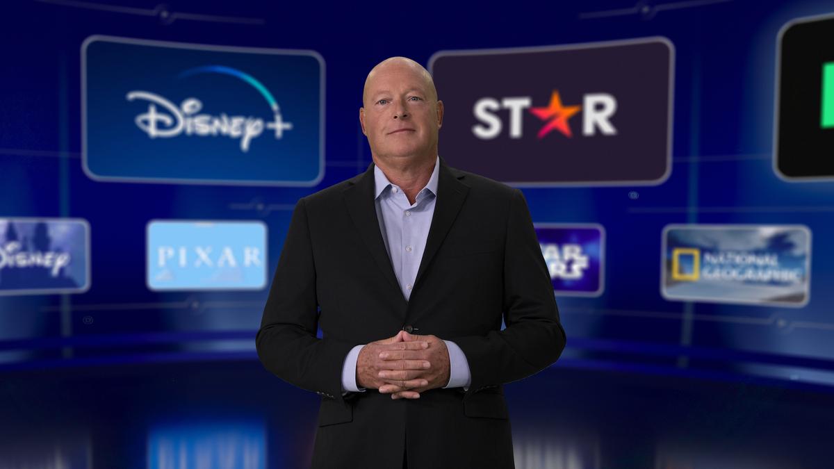 Босс Disney настаивает, что у гибридной модели кинорелизов есть свои преимущества