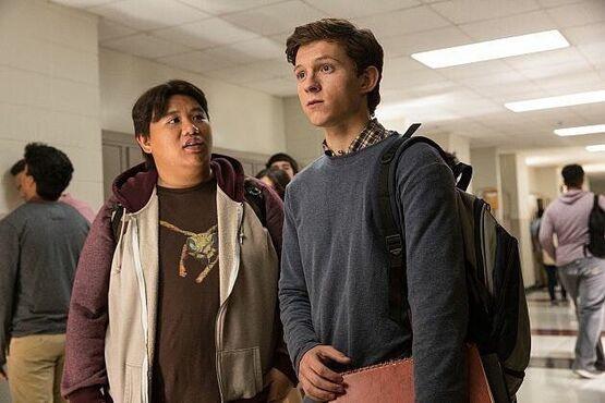 Фанатская теория: Нед из «Человека-паука» может оказаться следующим злодеем киновселенной Marvel