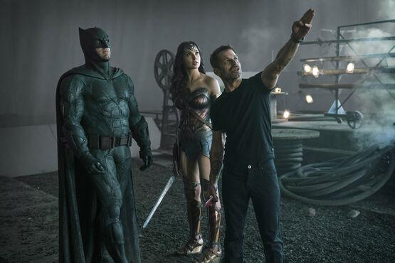 Студия Warner Bros отказалась от досъемок режиссерской версии «Лиги справедливости» с оригинальным кастом