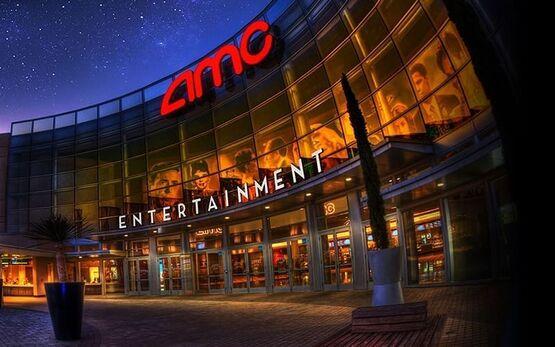 Крупнейшая сеть кинотеатров в США отложила возобновление работы до середины августа